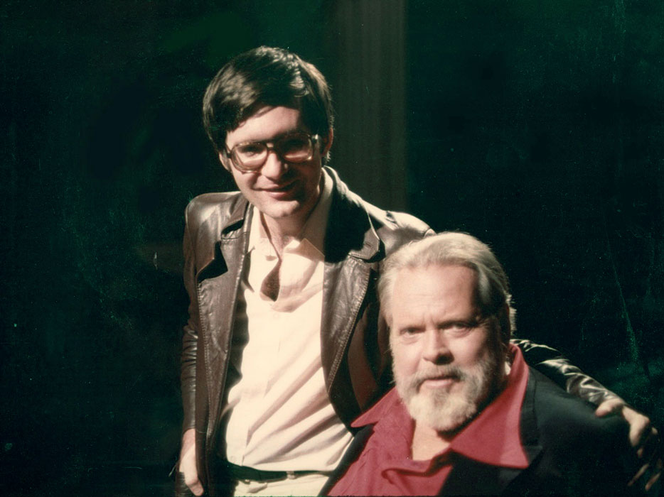 With Orson Welles, on set of THE ORSON WELLES SHOW (TV talk show  pilot), Hollywood, 1978 (Gary Graver)